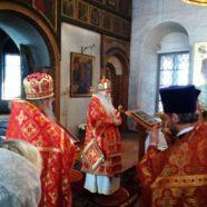 В понедельник Светлой седмицы епископ Дмитровский Феофилакт совершил Божественную Литургию в Андреевском монастыре